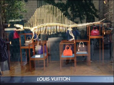 How to Steal a Vuitton Bag