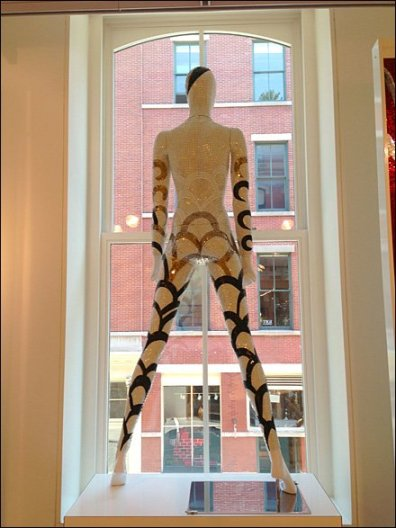SiCis Tile Mannequins 3