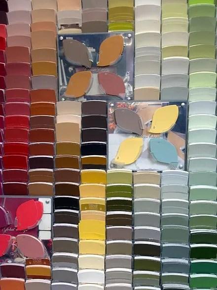 Color-Chit vs Color-Pallet