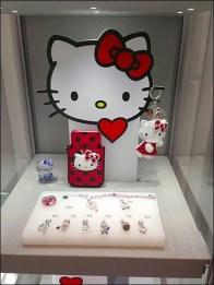 Swarovski Says Hellow Kitty 2