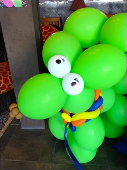 Balloon Figure Merchandising Mannequin 2