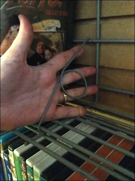 Slatwall Wire Shelf Pigtails Main
