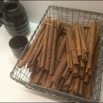 Sophisticated Cinnamon Stick Sell Aux