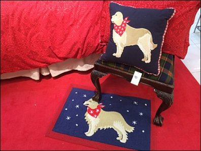 Dog Bed Merchandising 2