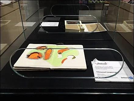 Moleskine Reach-Inside Museum Case