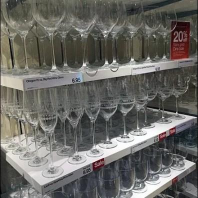 Glassware En masse Detail