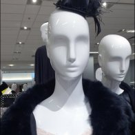 Mannequin Top Hat 2