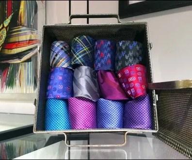 Robert Graham Perforated Tie Box Aux