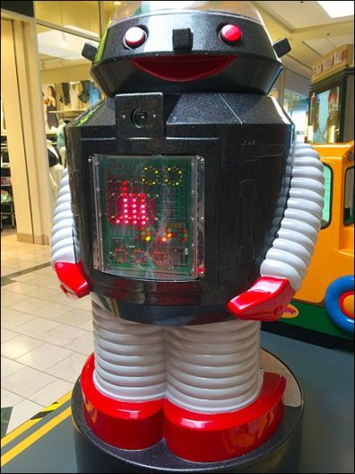 Mr Roboto at the Mall 3