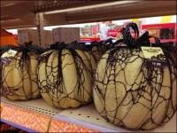 Black Lace Halloween Pumpkins