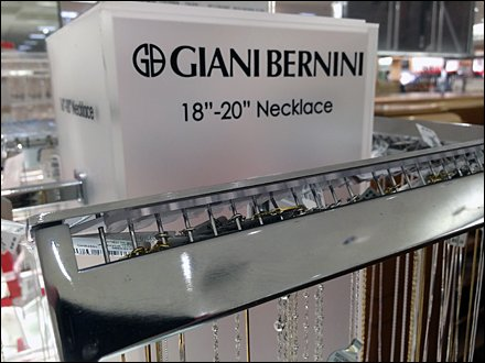Necklace Lockdown Bar
