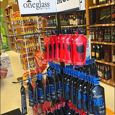 One Glass Wine Pouch Merchandising Aux