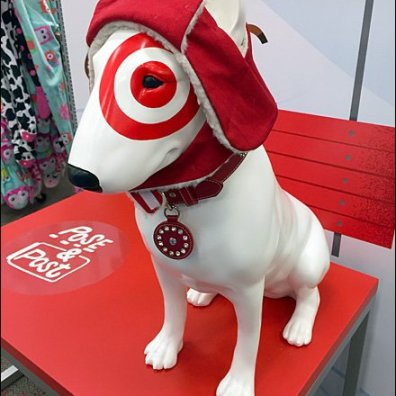 Target Dog Photo Opp Detail Aux