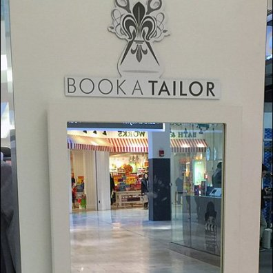 Book A Tailor Kiosk Mirror 3