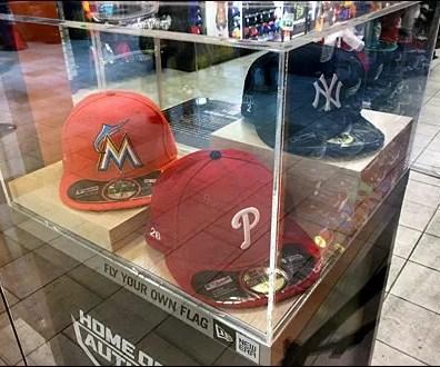 Museum Case Baseball Cap Pedestal