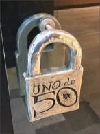 Uno de 50 Door Pull Detail