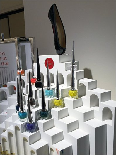 Christian Louboutin Nail Color 3