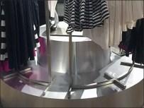 Curved Pedestal, Curved Clothing Rack 1