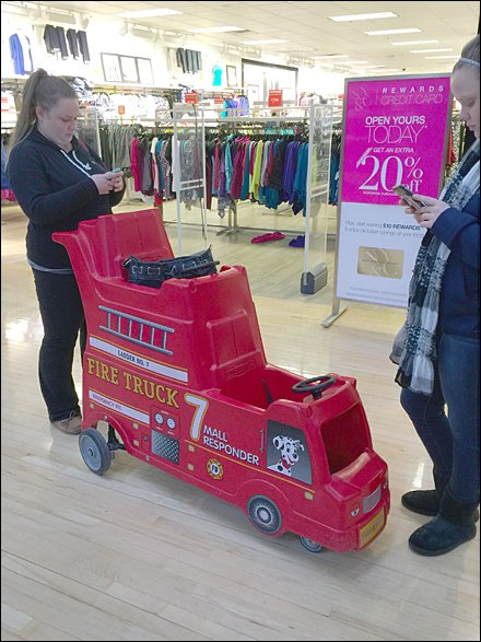 Mall Responder Double-Deck Cart