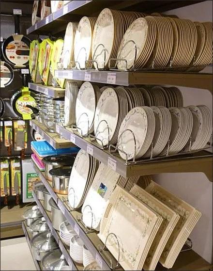 Euro Fixtures Dish and Tableware Merchandising