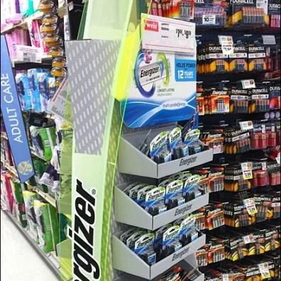 Energizer Left- vs Right-Handed Battery Display