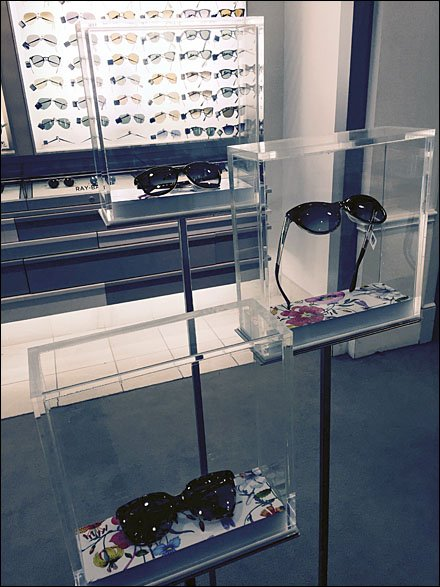 Gucci Sunglass-Specific Museum Case Display