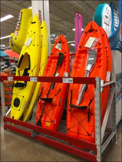 Kayak Pallet Rack Vertical Display