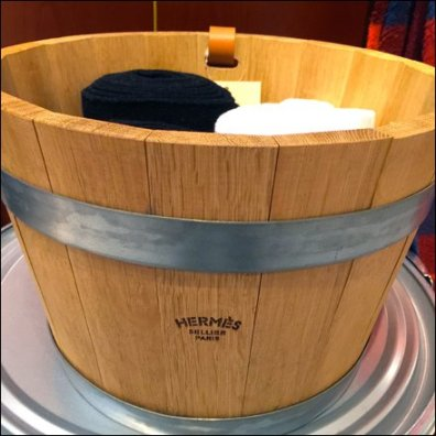 Hermes Wooden Bucket as Bin Main