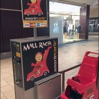 Mall Cart Lacks Storage Space