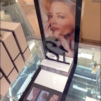 Giorgio Armani® Silhouetted Si