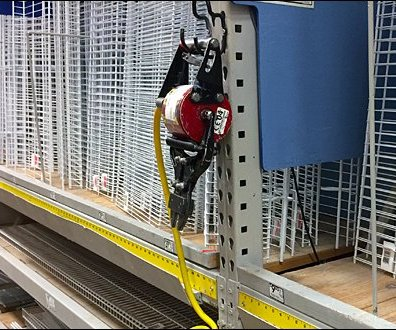 Pneumatic Cutter J-Hook for Pallet Rack 2