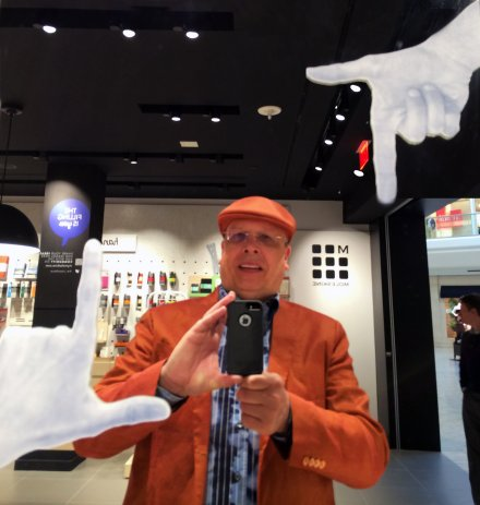 Selfie And Self Portraits In Retail - Tony Kadysewski FixturesCloseUp.com Selfie