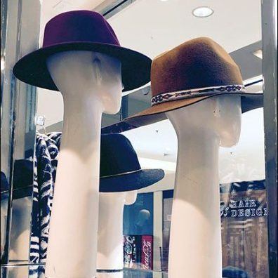 Long-Neck Headforms for Hats