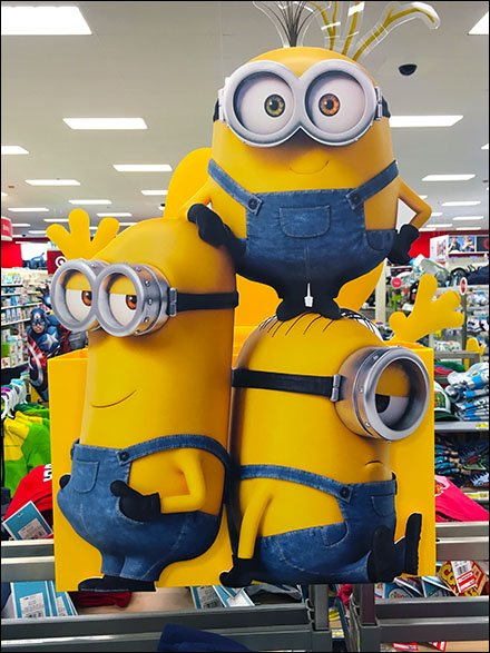 Die-Cut Minion® Cross Sell in Kidswear