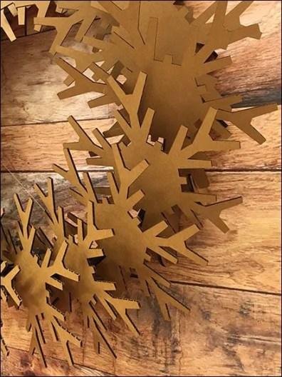 Corrugated Christmas Wreath 2