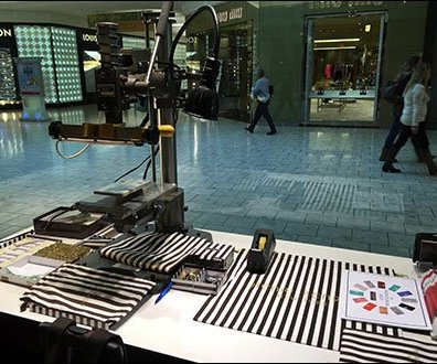 Henri Bendel In-Store Monogram Machine
