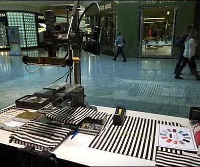 Henri Bendel In-Store Monogram Machine