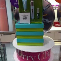Merry Clinique Gift Ribbon 1
