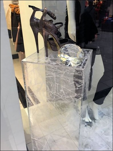 Winter Shoe Pedestals 1
