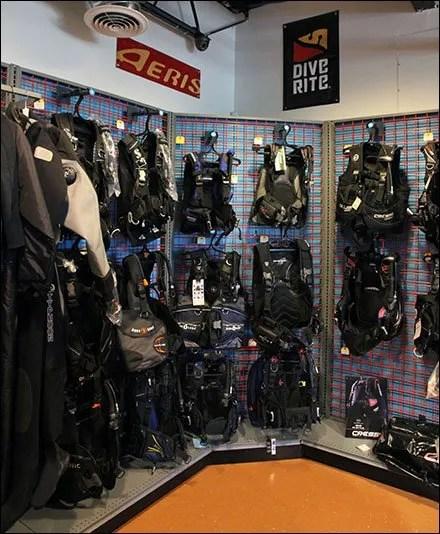 M Fried Case Study: Dive Shop Perimeter Display SlatGrid