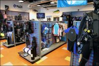 Case Study: Dive Shop Red SlatGrid on Ocean Blue