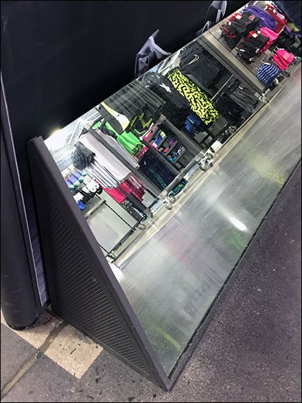Nike End-Aisle Shoe Mirror Merchandising