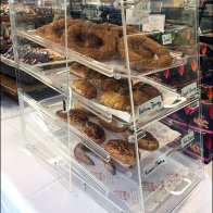 Arenie Armenian Baked Goods Acrylic Display 1