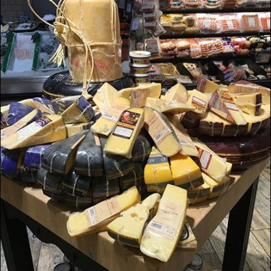 Gourmanoff Cheese Wheel Drum Display 2