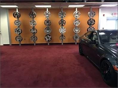 Mercedes Benz WheelDisplayTo Die For