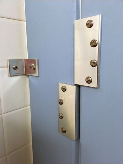 Anti-Theft Restroom Stall 3