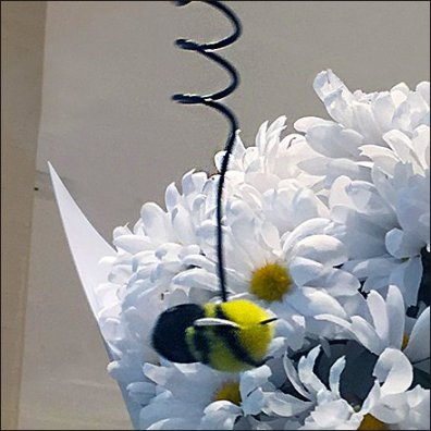 Kate Spade Motorized Bumble Bee