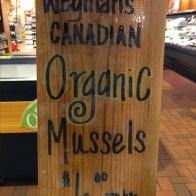 Organic Canadian Mussels Shingle Sign Closeup