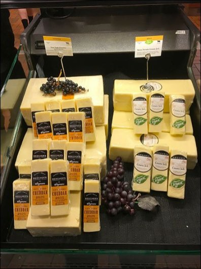 Aged New York Cheddar and Grape Coss-Sell 1
