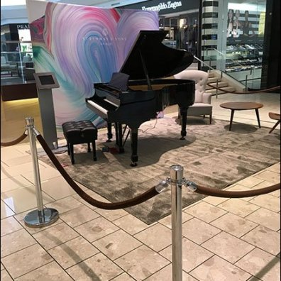 Selling Steinway Pianos At The Mall 1